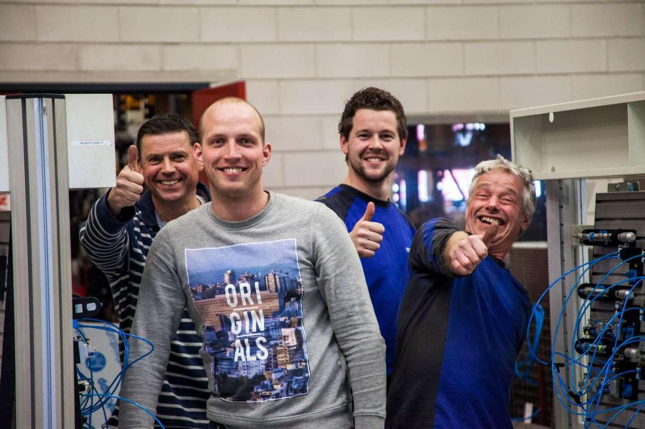 Bas tijdens de Festo cursus van afgelopen jaar. Hier deden niet alleen collega's aan mee, maar ook een aantal medewerkers van klanten.